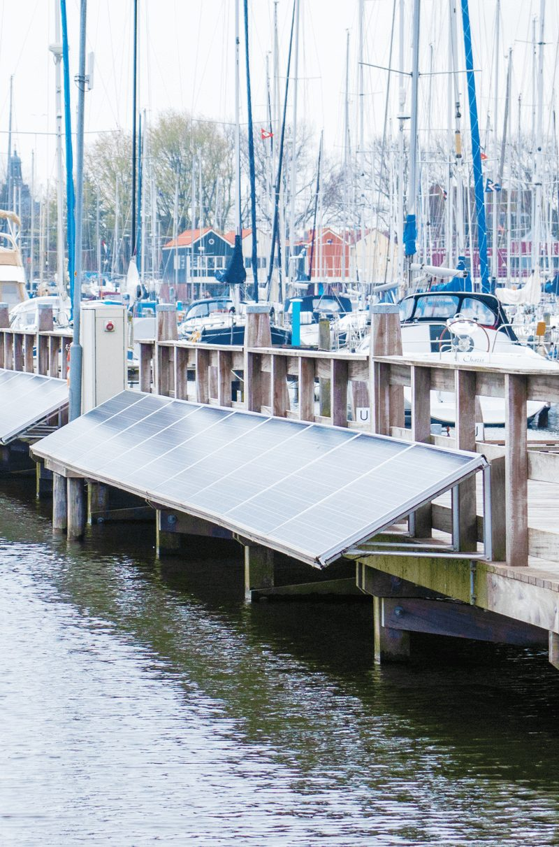 zonnenpanelen-op-de-steigers-Seijsener-energietransitie