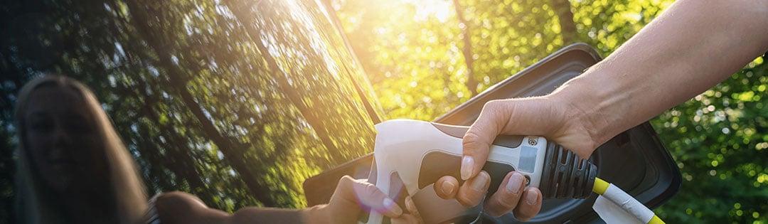 Seijsener-techniek-laadpalen-elektrisch-vervoer-opladen-oplaadpunten-elektrische-auto-elektrische-boot-gemeentes-camping-bungalowpark-park-and-ride-aanuit.net
