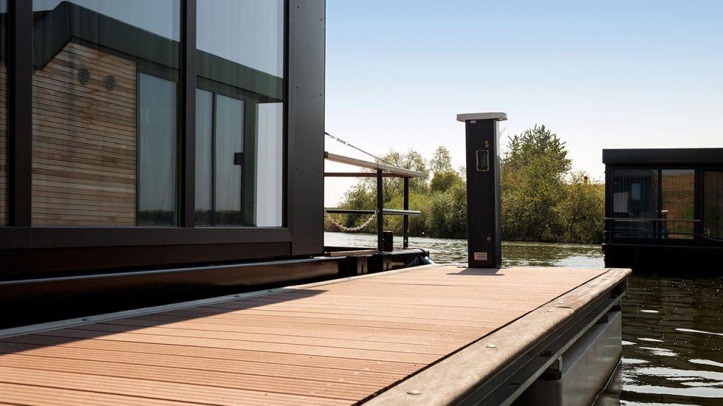 Seijisener-Techniek-jachthaventechniek-houseboats-infrabox