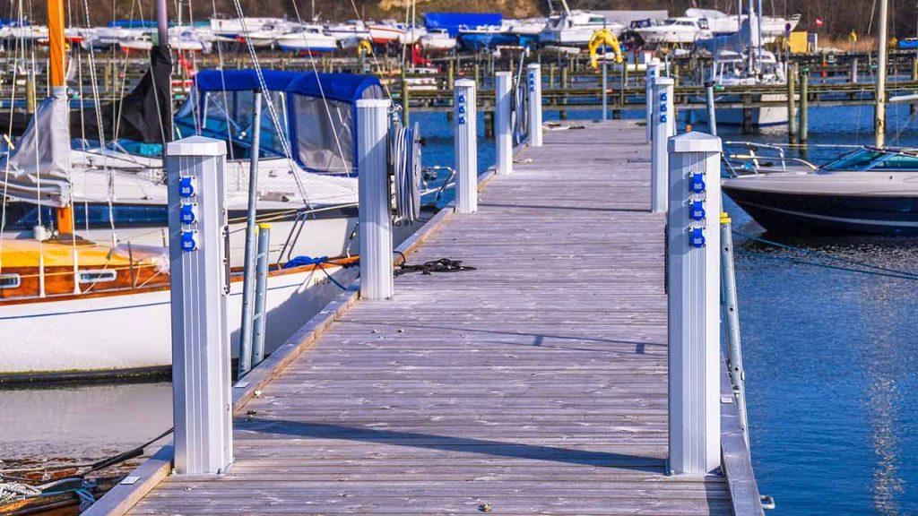 Seijsener marina services power boat pedestal marina services dock supplies dock accessories